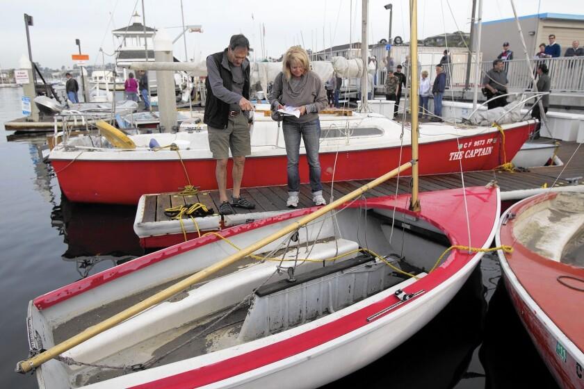tn-2415192-tn-dpt-me-boat-auction-4-jpg-20141205