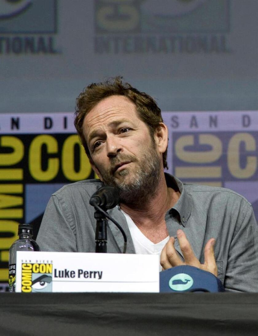 """Photograph taken July 22, 2018, showing US actor Luke Perry, who starred in the iconic 1990s television series """"Beverly Hills, 90210."""" Perry died on March 4, 2019, after a massive stroke several days earlier. EFE-EPA/ David Maung"""
