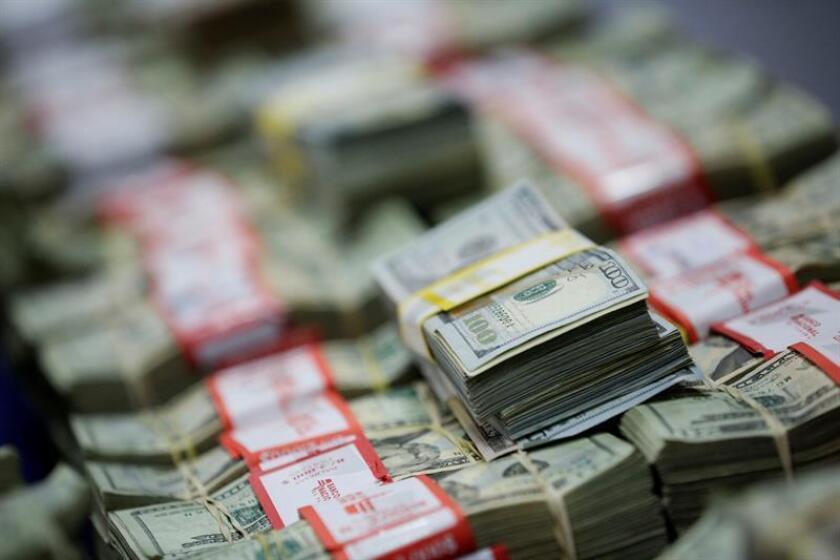 El Gobierno anunció hoy la extradición desde México de un hombre acusado de robar 4,3 millones de dólares a un banco regional. EFE/Archivo