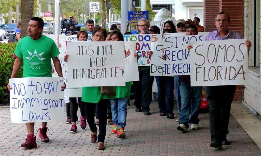 """La Cámara baja de Florida, de mayoría republicana, aprobó hoy un proyecto que prohíbe las ciudades """"santuario"""", aquellas jurisdicciones que se niegan a cooperar con las agencias federales de Inmigración, aunque se espera que la norma no llegue a ser discutida en el Senado. EFE/Archivo"""