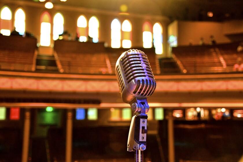 Daytime tour, Ryman Auditorium, Nashville.