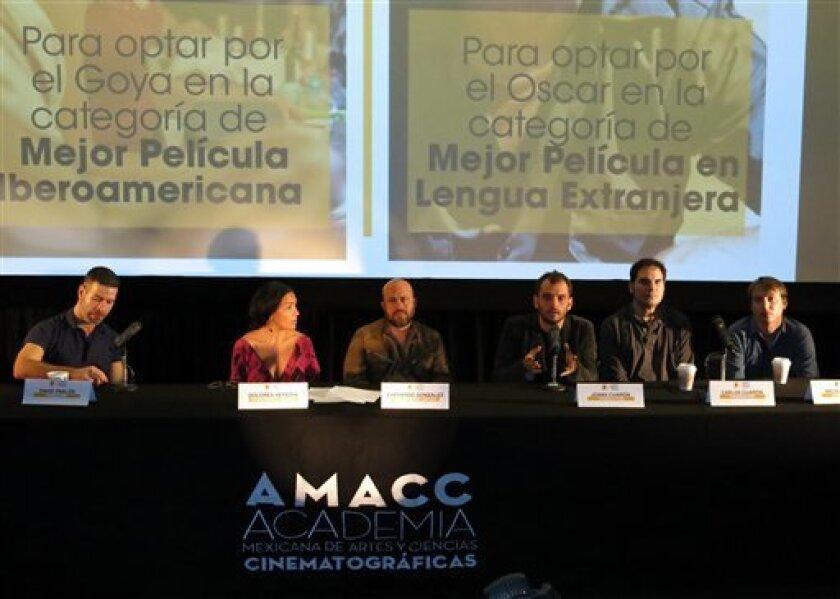 """""""Desierto"""" de Jonás Cuarón es la propuesta de México para el Oscar a la mejor cinta en lengua extranjera, mientras que """"Las elegidas"""" de David Pablos buscará una nominación al Goya a la mejor película ."""