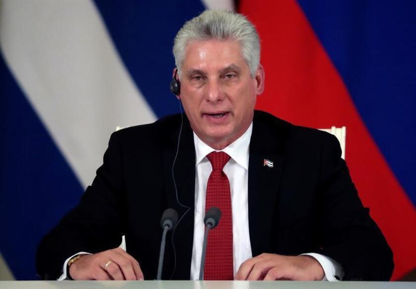 La nueva secretaria adjunta de Estado de para Latinoamérica y el Caribe, Kimberly Breier, afirmó hoy que el Gobierno de Cuba debería deshacerse del Decreto 349, que exige a los artistas un permiso oficial para desarrollar su actividad en espacios públicos o privados. El presidente de Cuba, Miguel Díaz-Canel. EFE/ARCHIVO