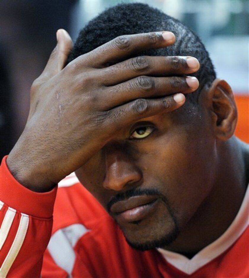 Rockets Want Him Back But Artest To Weigh Options The San