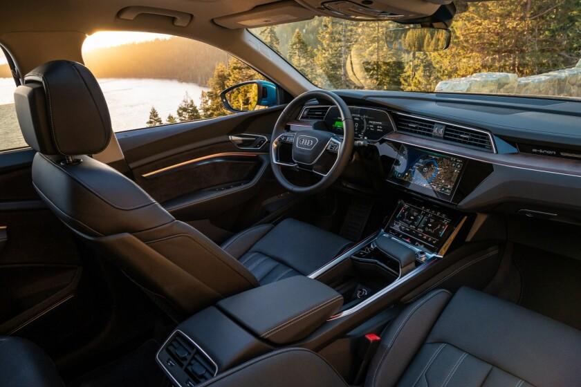 Audi-e-tron-Passenger-front.jpg