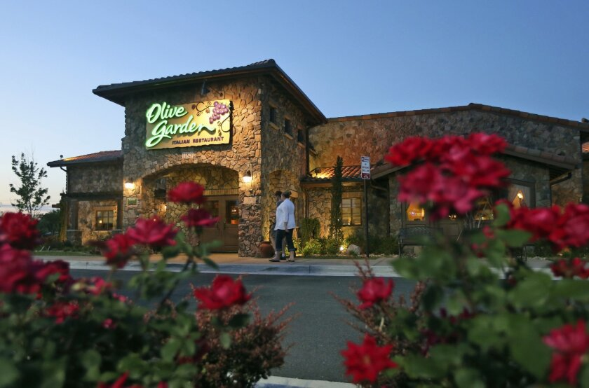 Olive Garden Investor Back Off On The Breadsticks The San Diego