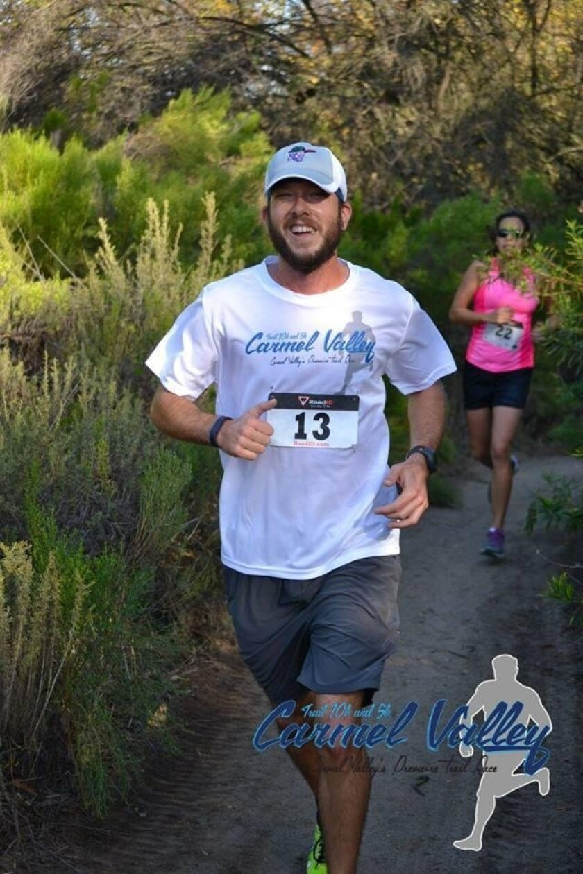 A runner in Gonzales Canyon in the 2015 Carmel Valley Trail Race.