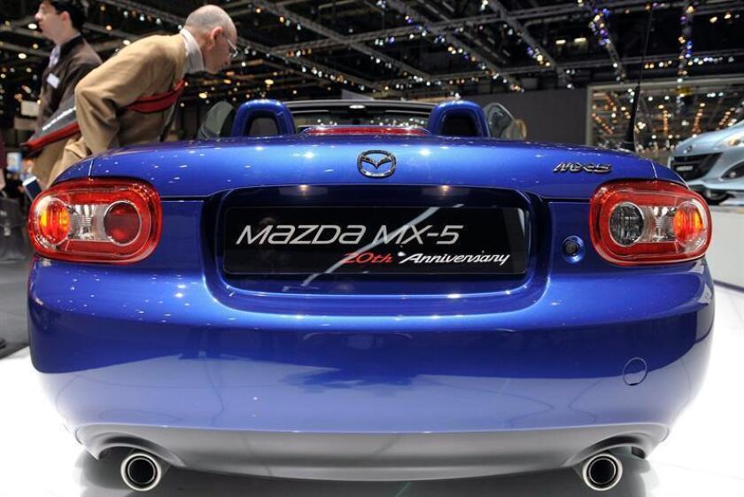 Vista de un Mazda MX-5. EFE/Archivo