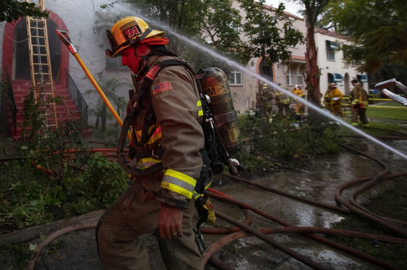 An apartment at 140 Carr Drive in Glendale caught fire on Thursday afternoon.