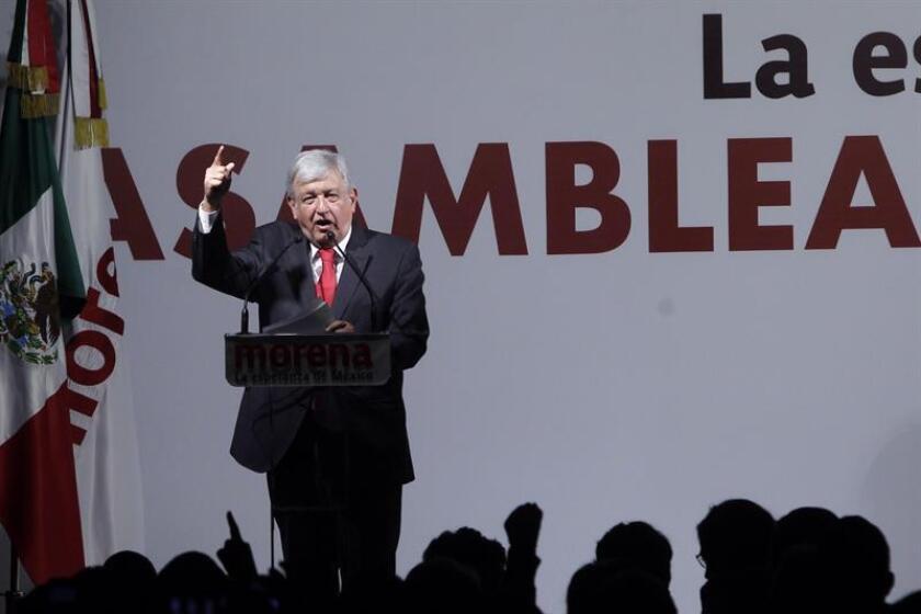 """El líder izquierdista Andrés Manuel López Obrador anunció hoy al economista Jesús Seade Helú como su negociador del TLCAN si gana los comicios presidenciales, y deseó que el acuerdo no se cierre hasta después de las elecciones para garantizar que conlleve un """"respeto mutuo"""" entre naciones. EFE/ARCHIVO"""