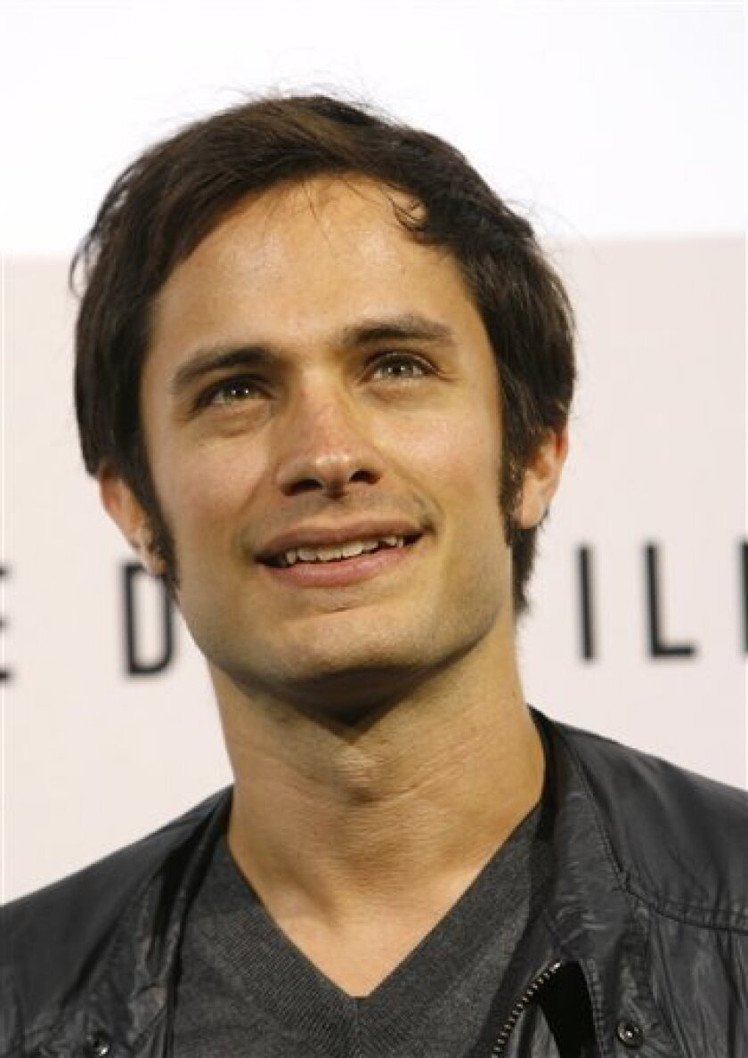 """In this Oct. 23, 2008 file photo, Gael Garcia Bernal, poses during a photo-call to present the film """"8"""" at the 3rd edition of the Rome International Film Festival, in Rome. (AP Photo/Alessandra Tarantino, file)"""