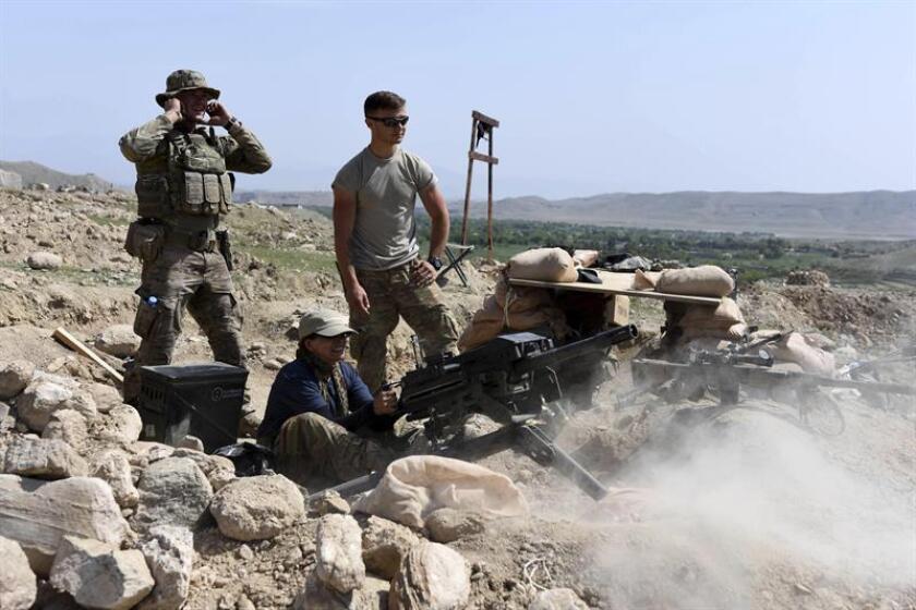 """Un soldado estadounidense de la coalición internacional liderada por Washington que combate al terrorismo islamista en Afganistán en el marco de la operación """"Resolute Support"""" (Apoyo Decido) de la OTAN, fue hoy abatido en combate, informaron fuentes militares. EFE/Archivo"""
