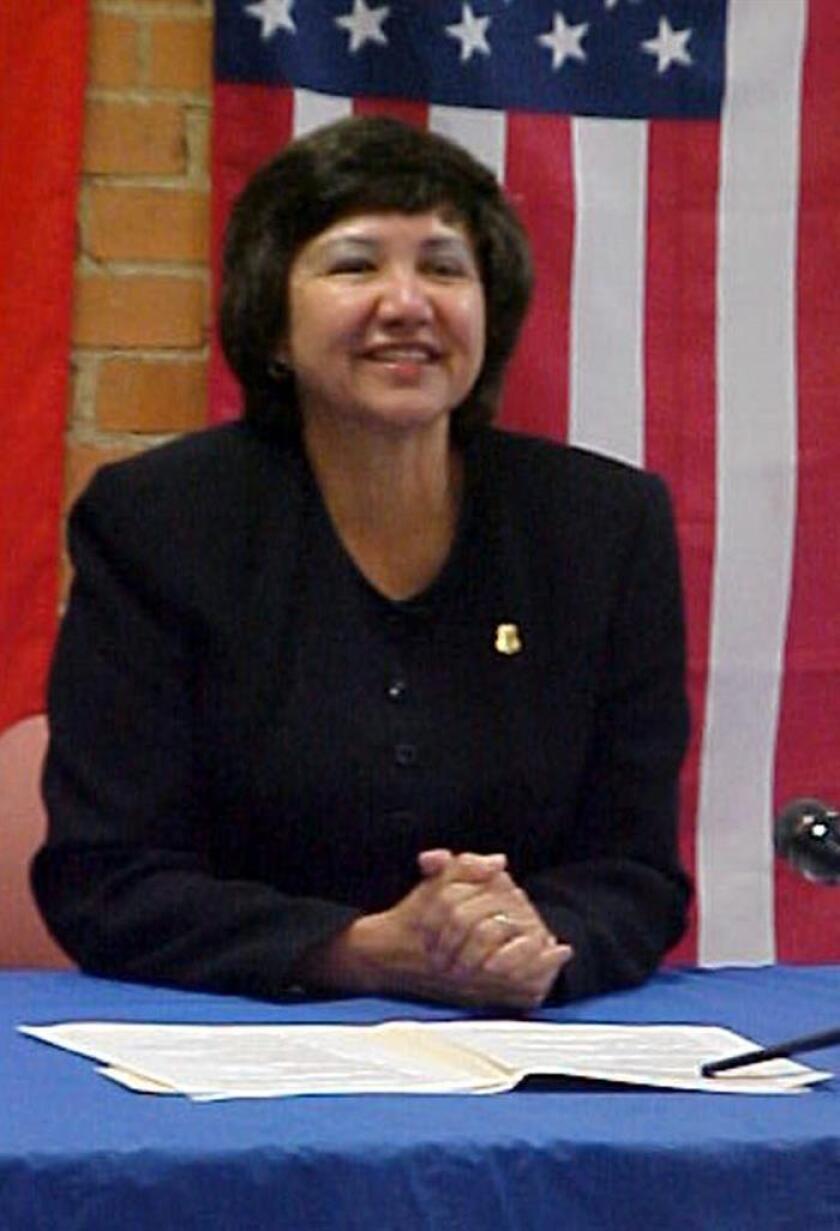 """Mujer, hispana, homosexual, veterana del Ejército y demócrata: Guadalupe """"Lupe"""" Valdez, la exsheriff del condado de Dallas, aspira a ser elegida en noviembre gobernadora de Texas, uno de los estados más conservadores del país. EFE/Myrna Life BAJA RESOLUCIÓN DE ORIGEN"""
