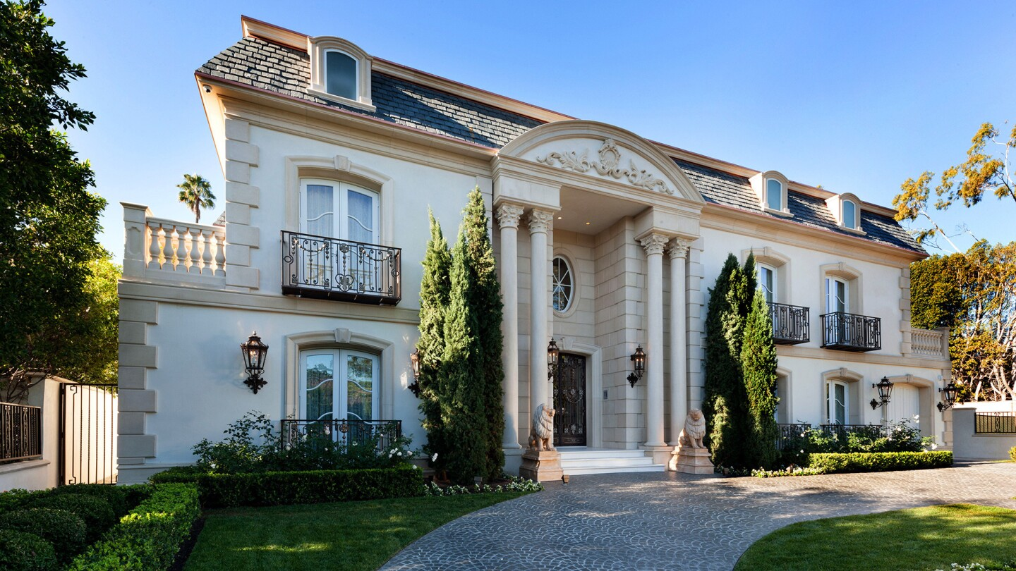Hot Property | Top Sales | Beverly Hills $39.995 million