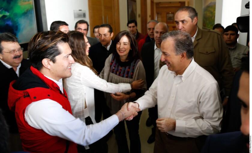 A más de dos años de que el PAN tomó el control del Gobierno de Querétaro, el precandidato presidencial del PRI, José Antonio Meade, elogió los resultados de la política económica en la entidad, que ha generado la atracción de inversiones.