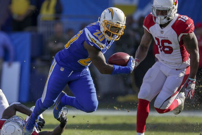 sports shoes 0c449 67307 Injured Derwin James aims to return to Chargers this season ...