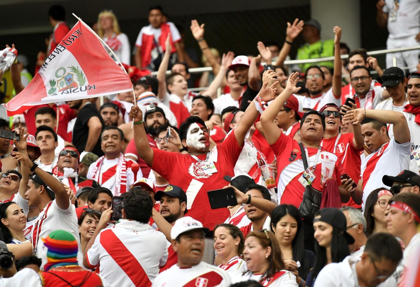 APphoto_Russia Soccer WCup Australia Peru