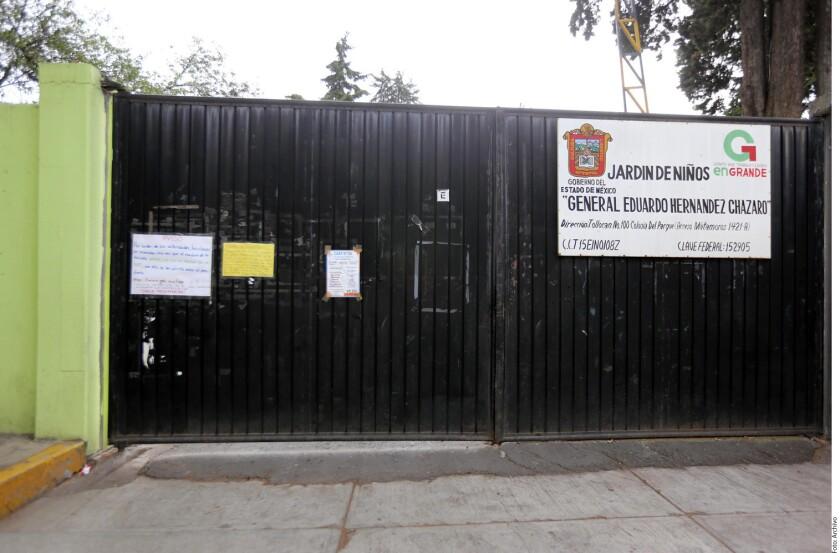 Ni las Secretarías de Educación estatales ni la de la Ciudad de México cumplieron con la fecha que se fijó para el regreso a clases tras los sismos de septiembre.