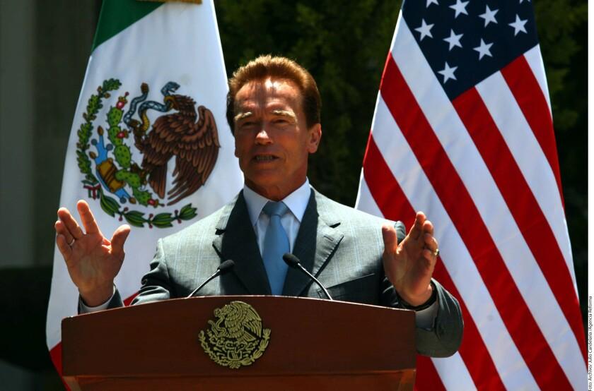 """Donald Trump, por medio de un par de tweets, se mofó de la caída de rating que sufrió el programa """"El Aprendiz"""", desde que el lunes pasado lo sustituyó en la conducción Arnold Schwarzenegger."""