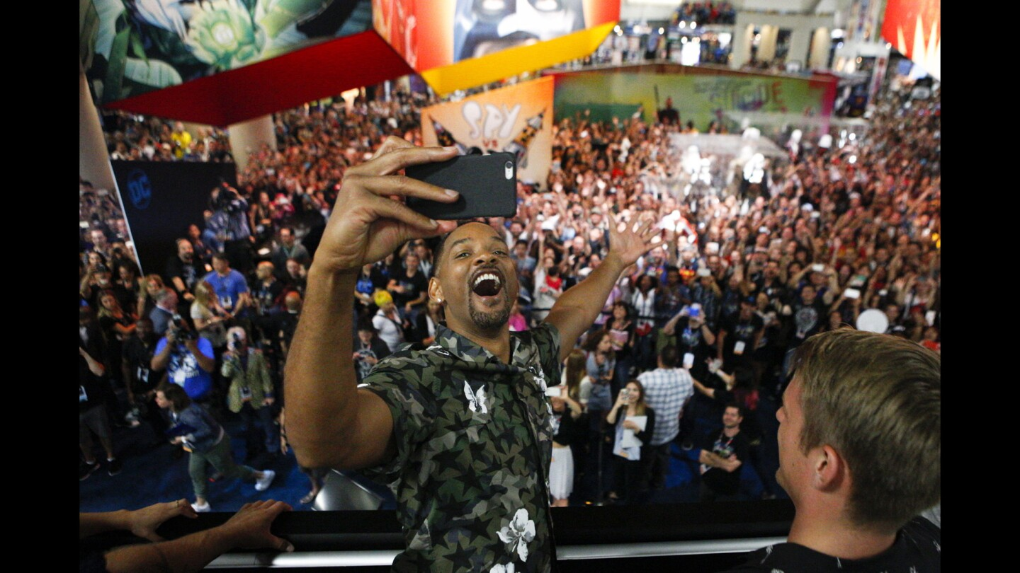 Will Smith leads 'Suicide Squad' cast on a Comic-Con meet-and-greet