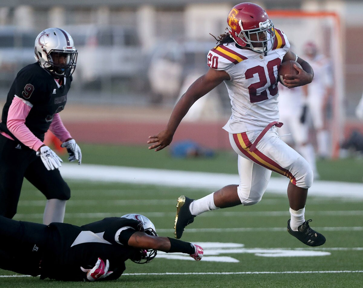 Photo Gallery: Glendale College football vs. Compton College