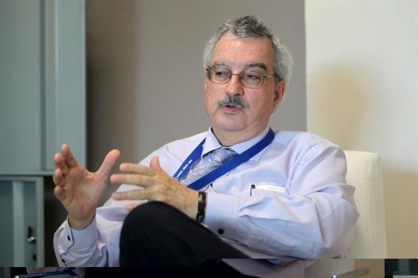 El secretario ejecutivo del Convenio sobre la Diversidad Biológica (CBD), Braulio Ferreira de Souza Dias, durante una entrevista con Efe en la ciudad mexicana de Cancún, el marco de la Conferencia de las Partes del Convenio sobre Diversidad Biológica (COP13). EFE