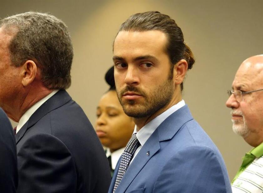 Fotografía de archivo del 8 de abril de 2019 que muestra al actor de telenovelas mexicano Pablo Lyle, durante una audiencia en un tribunal de Miami, Florida (Estados Unidos). EFE/ David Ovalle POOL/Archivo