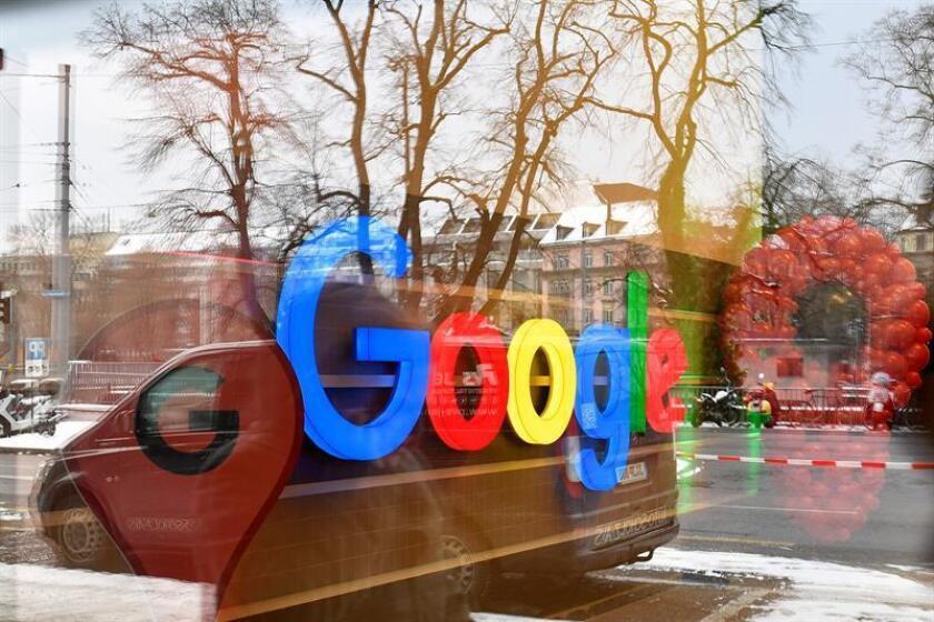 El gigante tecnológico Google anunció hoy el cierre temporal de una de sus plataformas, Google+, por motivos relacionados con errores de seguridad en el acceso a datos privados de usuarios afectados, que podrían ascender hasta el medio millón de cuentas. EFE/Archivo