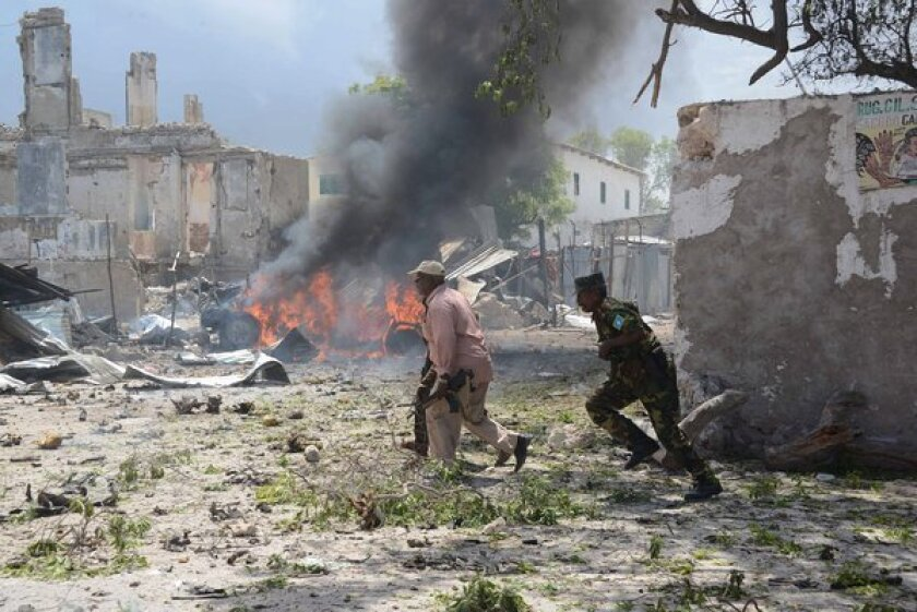 Armed men attack Mogadishu courthouse, triggering gun battles
