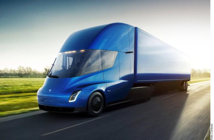 El fabricante de alimentos como Pepsi Cola, Mountain Dew, Fritos y Tropicana realizó una reservación de 100 unidades del tracto camión Tesla.