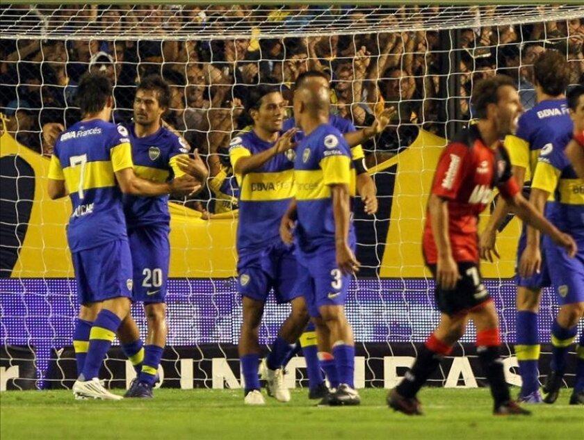 Imagen de archivo de un partido de fútbol disputado entre los equipos argentinos Boca Juniors y Newell's Old Boys en el estadio La Bombonera de la ciudad de Buenos Aires (Argentina). EFE/Archivo
