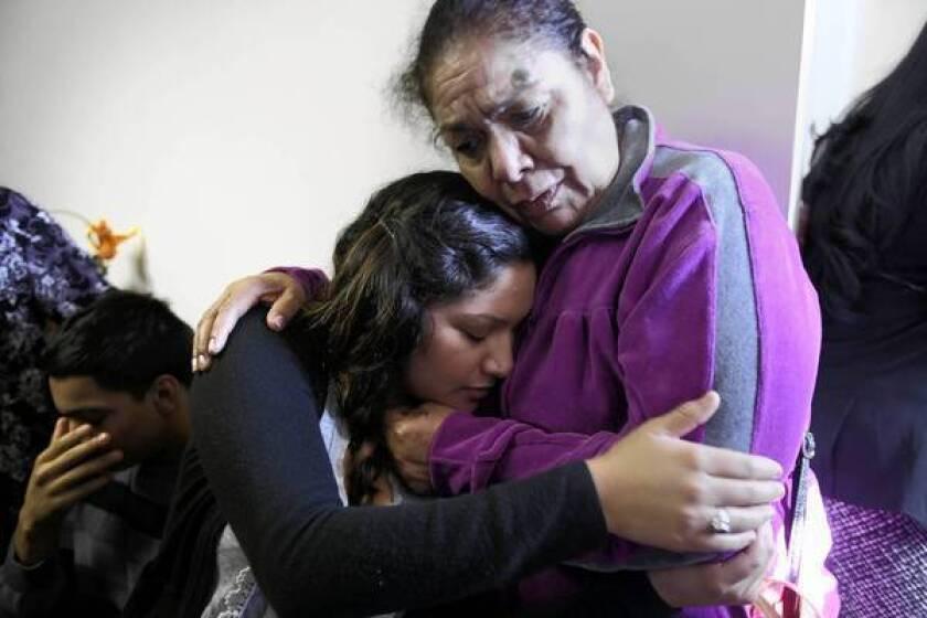 Family of man shot by sheriff's deputies calls for FBI probe
