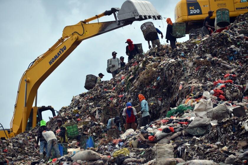 Global trash problem