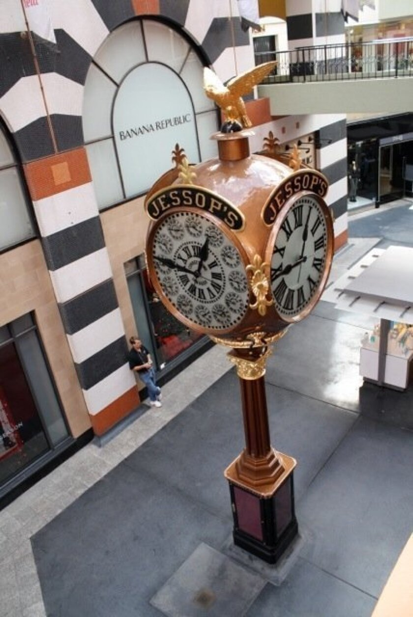 Jessop's street clock in Horton Plaza.