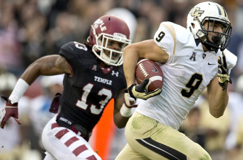 Central Florida needs great catch to escape with win at Temple