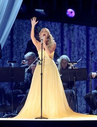 'Idol's' music biz takeover