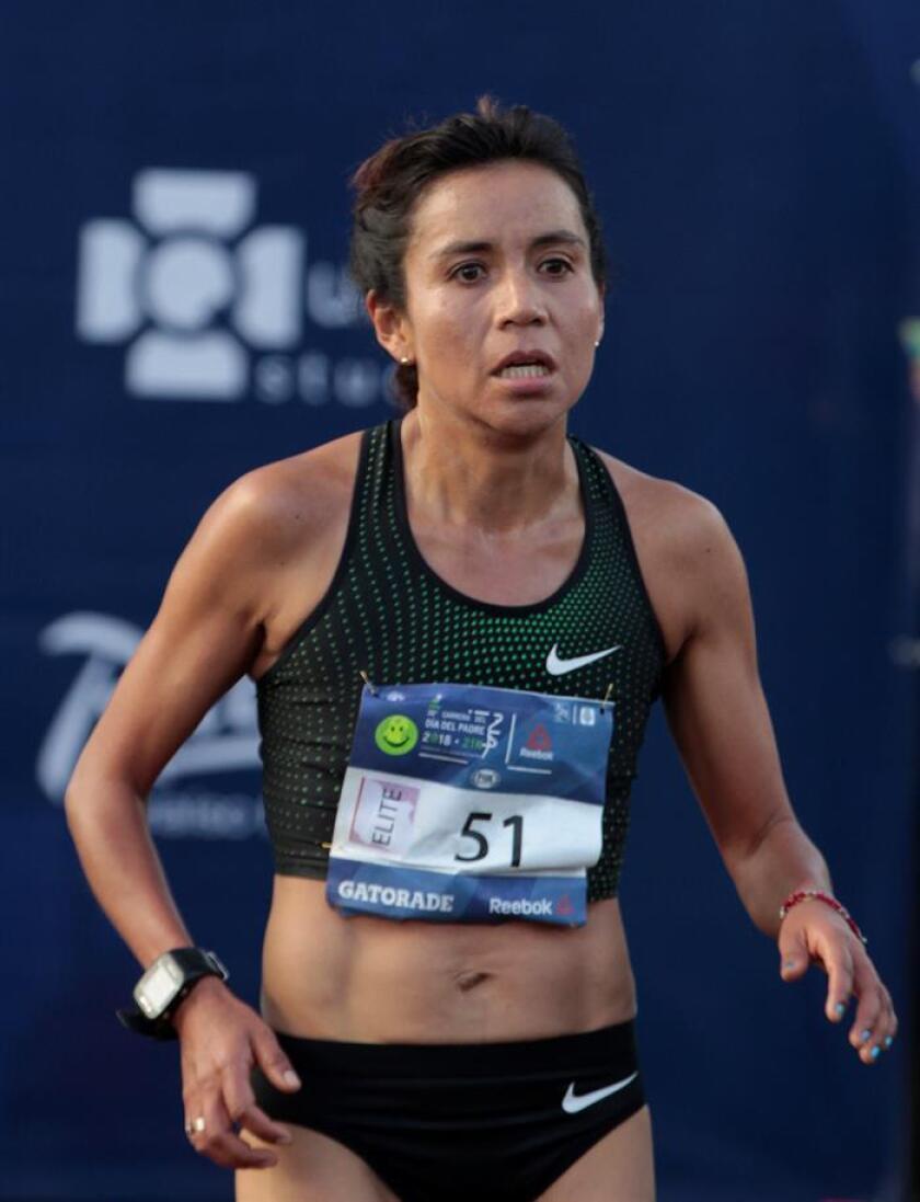 La atleta Madaí Pérez participa en el maratón del día del Padre este domingo, 17 de junio de 2018, en ciudad de México (México). EFE