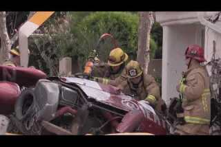 Helicopter crashes into home in Newport Beach gated community