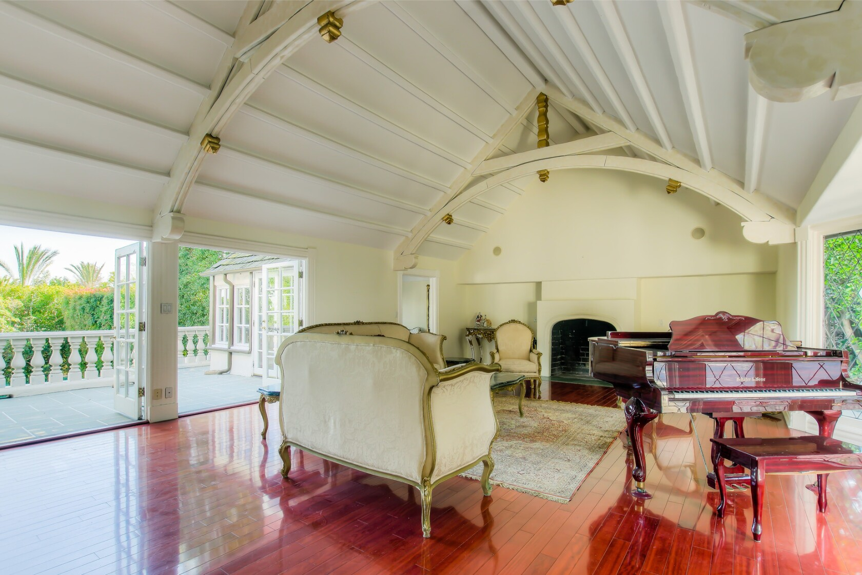 Bel-Air abode once owned by comedian Ed McMahon comes to
