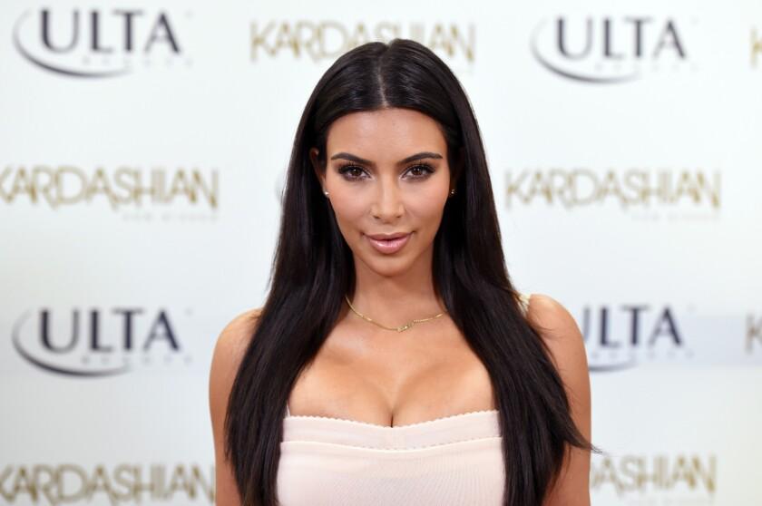 Kim Kardashian will publish a book of selfies.