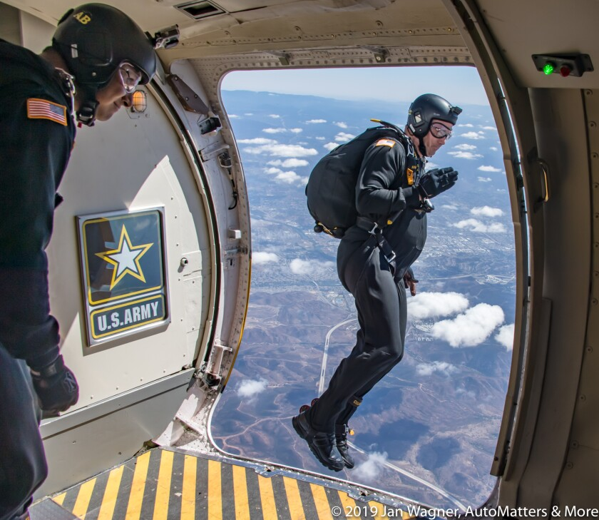 01850-20190929 MCAS Miramar Air Show-Jan flying with US Army Golden Knights skydivers+Shockwave+MAGTF+stunt pilots+RAF Red Arrows+Blue Angels-stills+VIDEO-D5