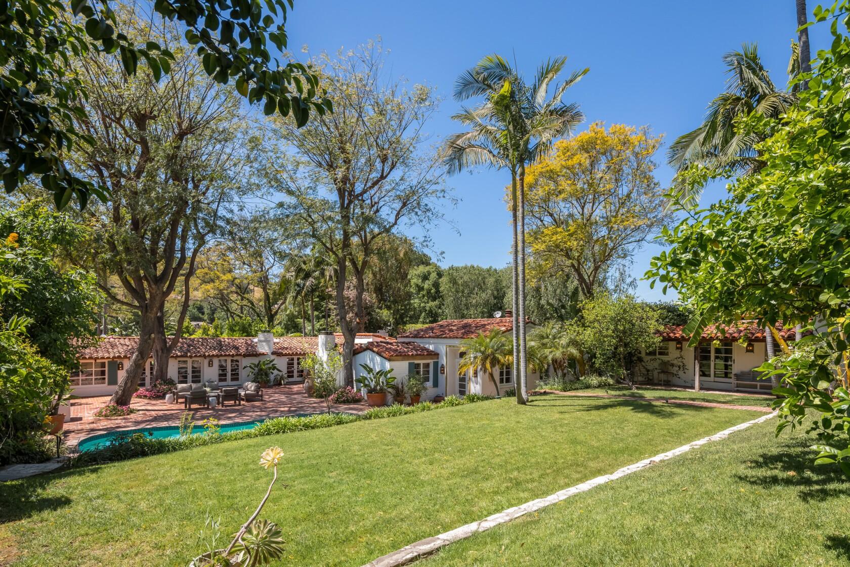 Sherman Oaks house owned by Guns N' Roses' Duff McKagan is