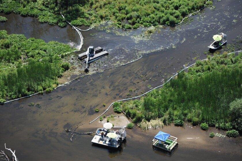 Kalamzoo River oil spill
