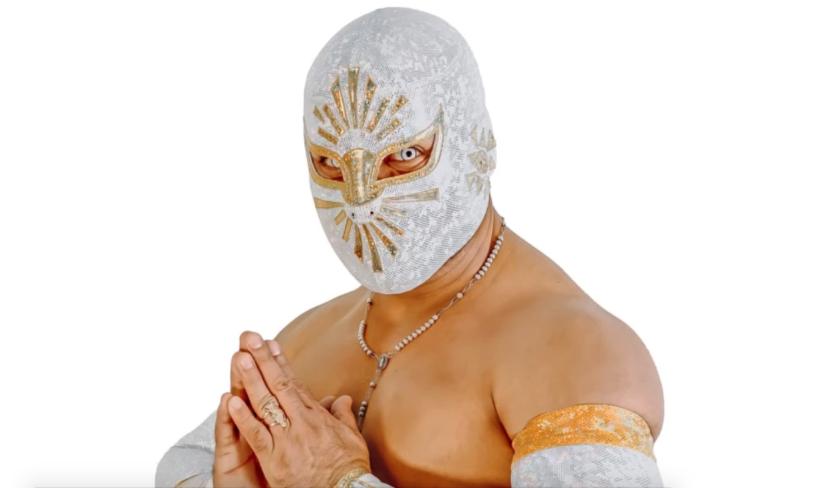 el luchador mexicano Místico