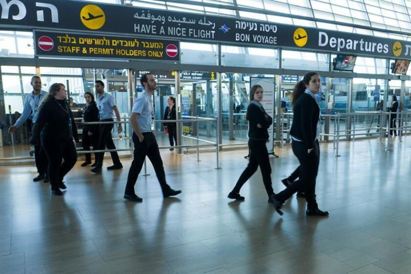Security employees in ben Gurion Airport, outside Tel Aviv, Israel. EFE/EPA/FILE