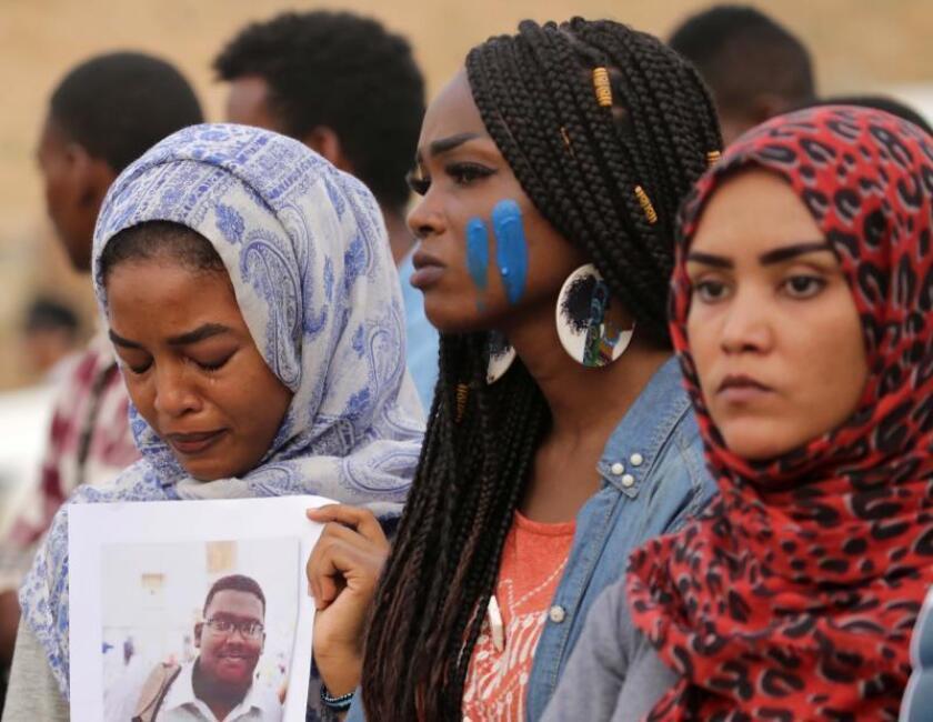 El tribunal sudanés escucha más testigos en el caso de corrupción contra Al Bashir