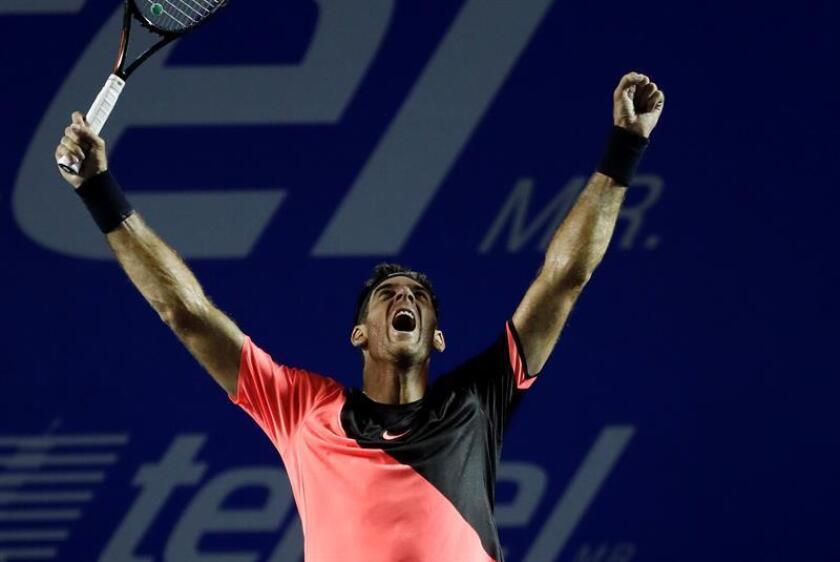 El tenista argentino Juan Martín del Potro celebra su victoria ante el sudafricano Kevin Anderson hoy, sábado 3 de marzo de 2018, durante un partido correspondiente a la final masculina del Abierto Mexicano de tenis que se celebra en pista rápida en Acapulco (México). EFE