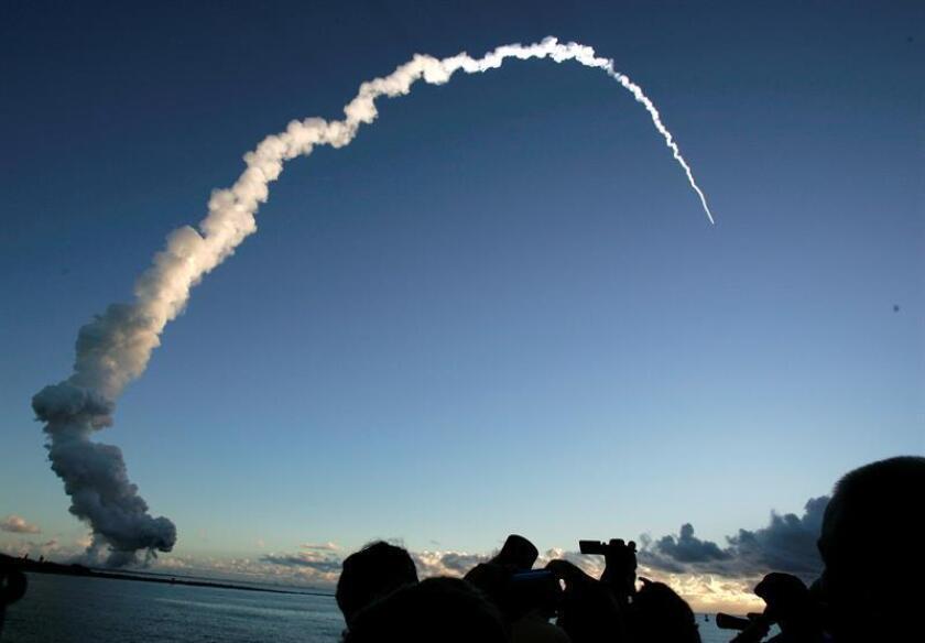 La sonda espacial Dawn despega de la Estación de la Fuerza Aérea en Cabo Cañaveral, Florida, Estados Unidos. EFE/Archivo