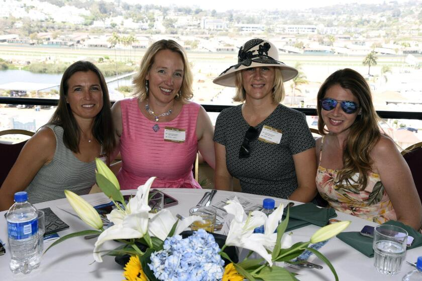 Hanna McCafferty, Julie Pynes, Tracy Walton, Sahara Pynes