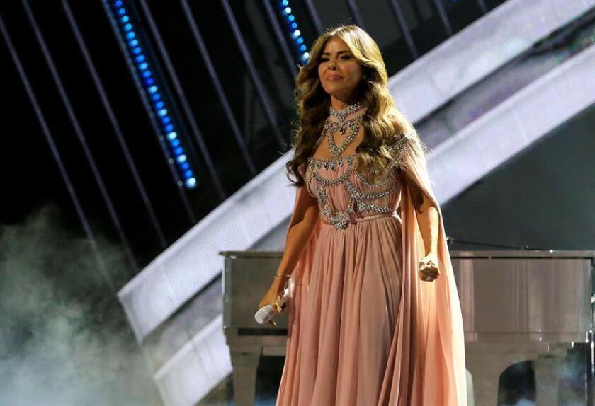 La cantante mexicana Gloria Trevi se presenta durante la cuarta edición de los Latin American Music Awards (Latin AMAs). EFE/Archivo